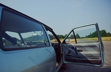 ser-car-truck-glasses